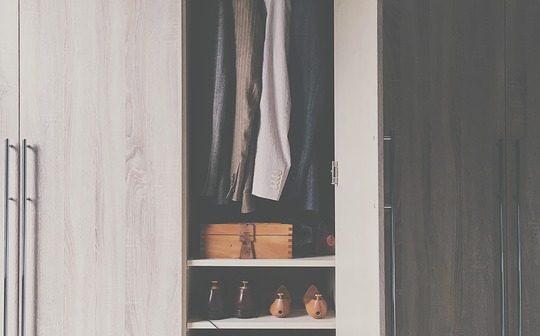 Choisir une armoire penderie pas trop cher