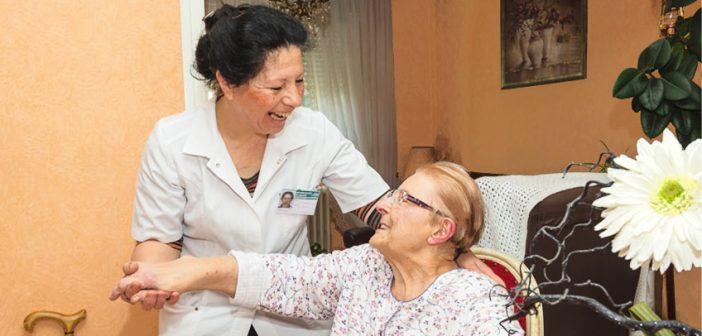 Soins diabétiques à la maison par une infirmière à Lens